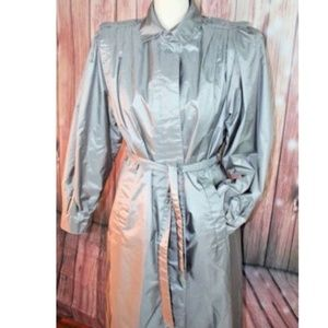 Vtg Lined Trench Coat / Raincoat .Gray /Silver,